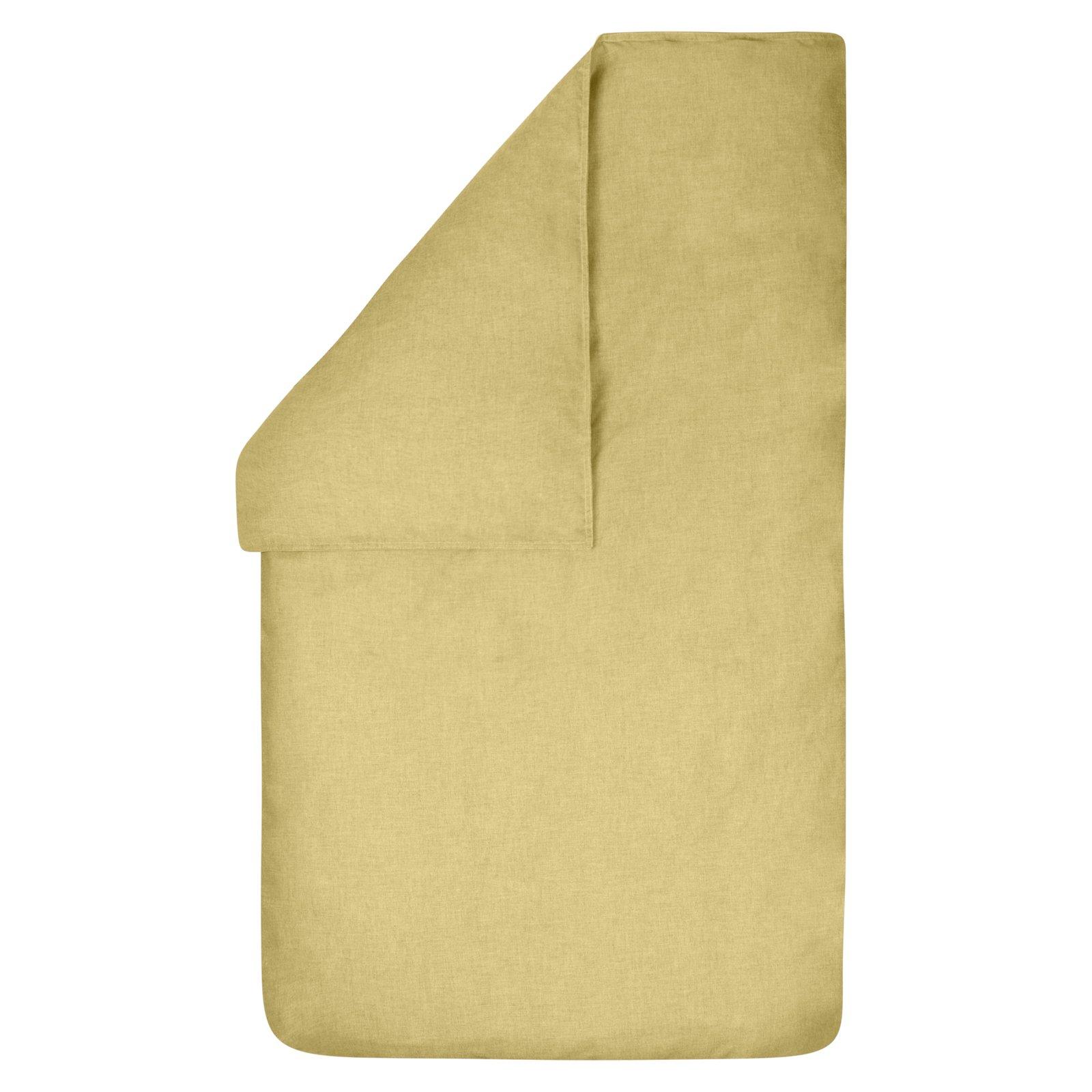 Dekbedovertrek Bo oudroze 100x135, gemaakt van een mooie chambray in de kleur oker (licht maïsgeel ) met rondom een wit dubbel stiksel.