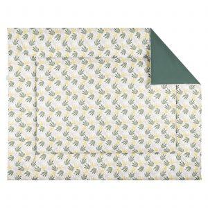 BINK Bedding boxkleed Seb met aan de ene zijde een leuke bladeren print in tijmgroen, limegroen en lichtgrijs op een frisse witte ondergrond en aan de andere zijde een uni tijmgroen.