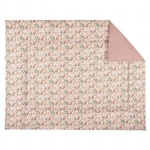 BINK Bedding Boxkleed 80x100 Dees. Boxkleed met een vrolijk gebloemde print in mooie warme kleuren zoals oudroze, oudgroen en okergeel op een frisse witte ondergrond.