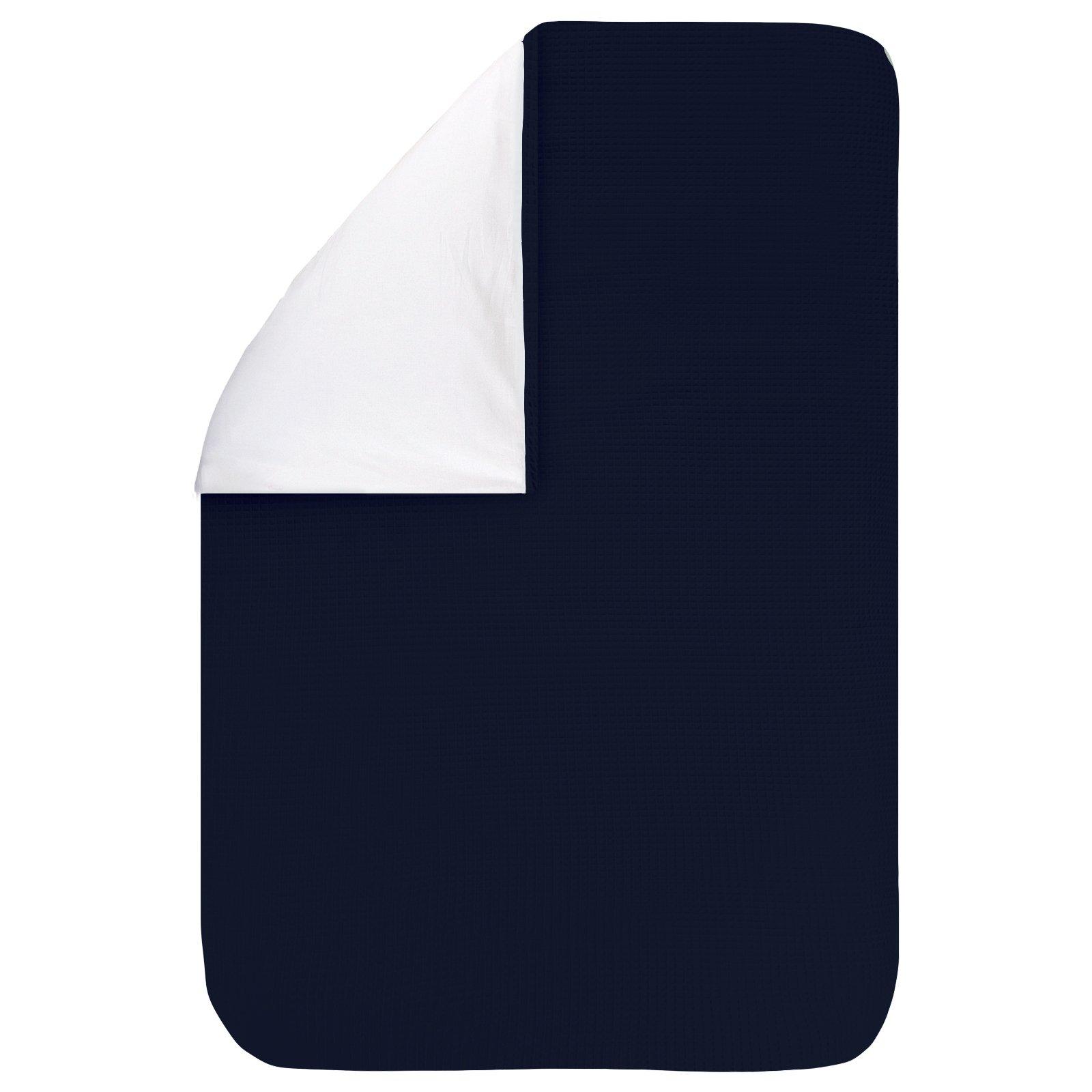 Dekbedovertrek Pique marine 60x80, een fijn dekbedovertrek van zachte donkerblauwe wafelkatoen. Goed te combineren met BINK printjes.